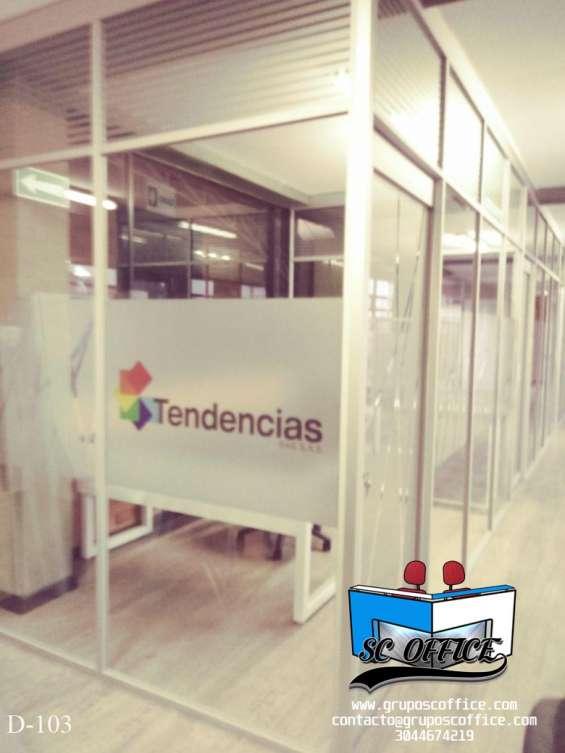 Divisiones para oficinas en variedad de diseños
