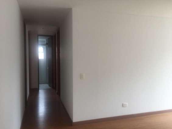 Fotos de Se arrienda apartamento el el barrio cedritos 1