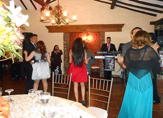 Fotos de Grupo musical  para fiestas en bogota 669 97 12 5