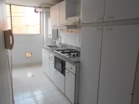 Fotos de Se vende apartamento en mirandela 3    cerca al cc santafe 15