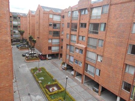 Fotos de Se vende apartamento en mirandela 3    cerca al cc santafe 3