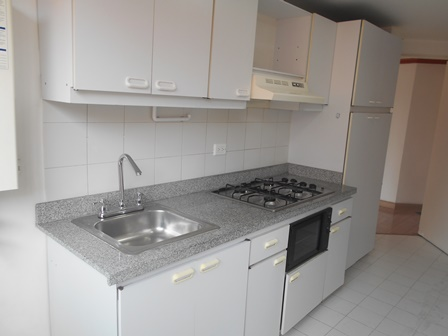 Fotos de Se vende apartamento en mirandela 3    cerca al cc santafe 16
