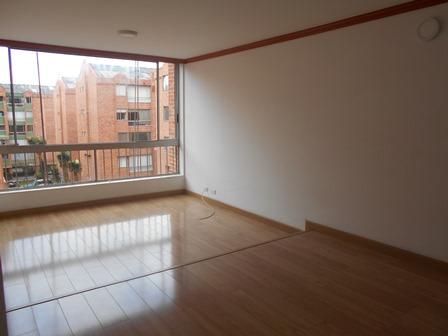 Fotos de Se vende apartamento en mirandela 3    cerca al cc santafe 4