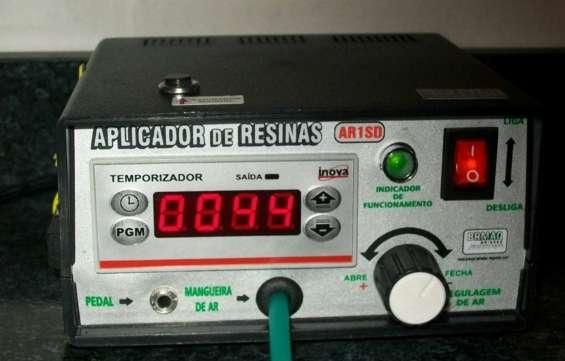 Aplicadora dosificadora de resina