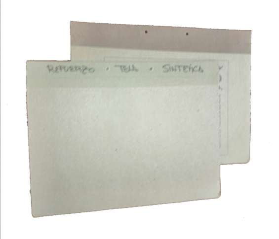 Tapas con refuerzo en tela sintética
