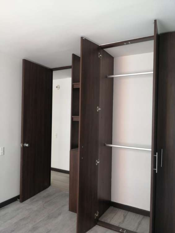 Fotos de Se vende apartamento granadas de castilla bogota 14