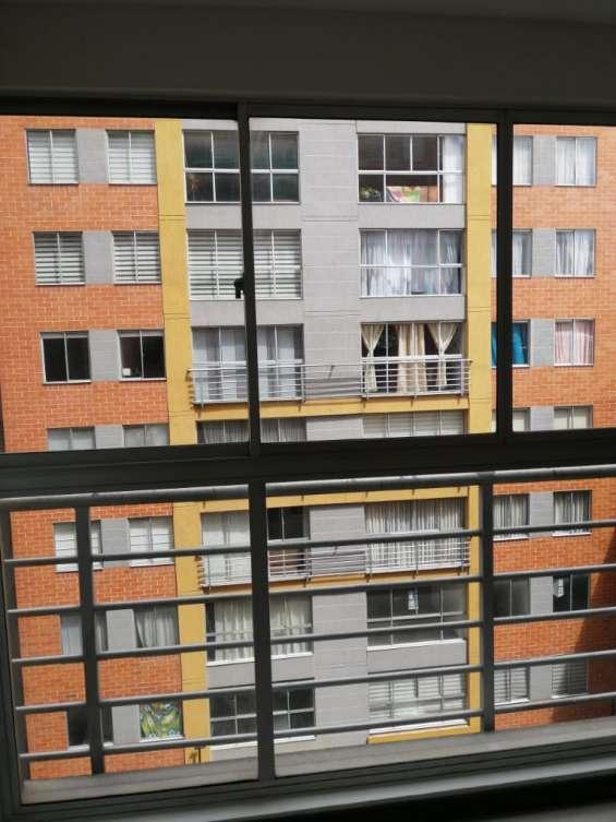 Fotos de Se vende apartamento granadas de castilla bogota 12