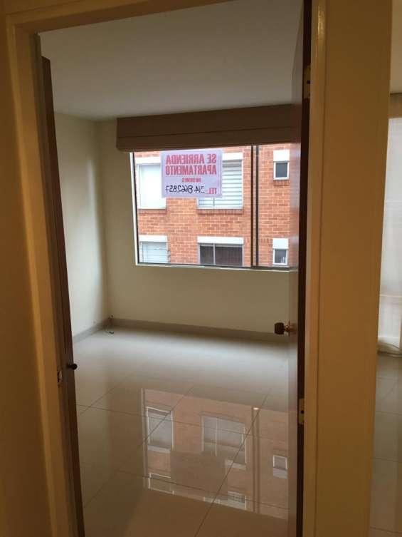 Fotos de Arriendo apartamento de 1 alcoba excelente ubicación 2