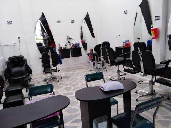 Lindos muebles para peluquería